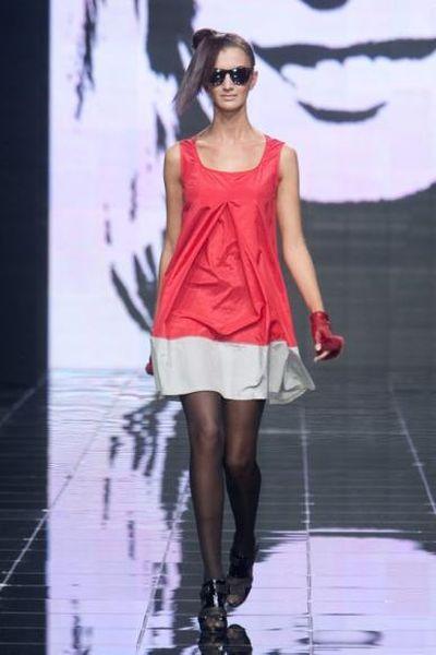 Ольга Деффи SS-2010 (весна-лето 2010) – deffi_show_off (16051.deffi_show_off.ss.2010.11.jpg)