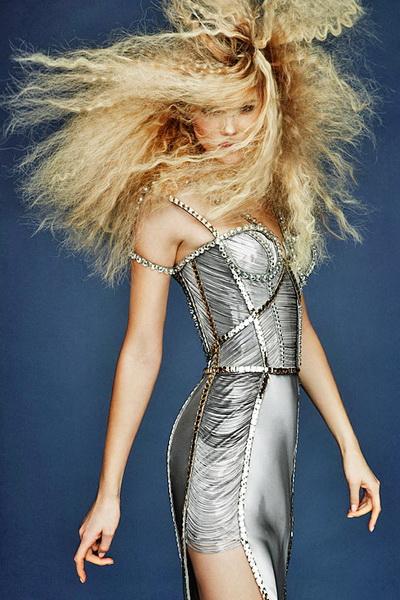 Новые платья Atelier Versace: интрига, роскошь и восторг (17123.Atelier.g.jpg)