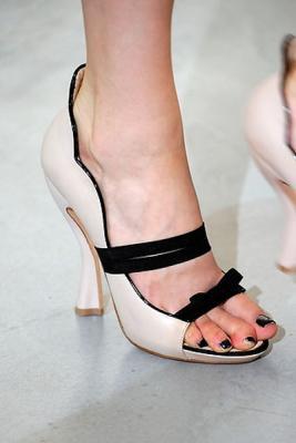 ... Коллекция одежды и обуви Nina Ricci 2010 (18149.Ricci .11.jpg) 521d11849e1