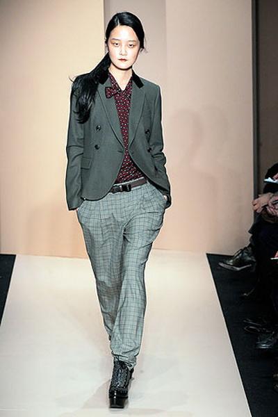 Коллекция молодежной одежды DKNY (19408.Karan_.03.jpg)