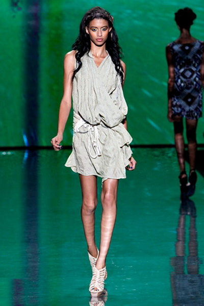 Модный гардероб от L.A.M.B. весна 2011 (20220.Lamb_.07.jpg)