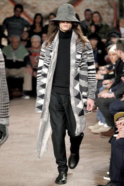 Коллекции женской и мужской одежды Missoni FW-2011/12 (осень-зима) (23052.Missioni.FW_.2011.12.19.jpg)