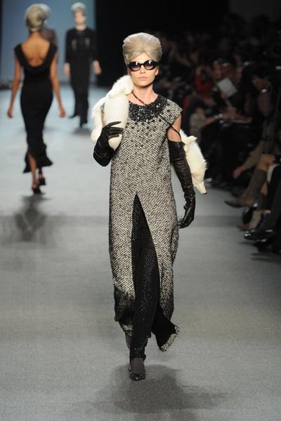 Коллекция одежды и аксессуаров Jean Paul Gaultier FW 2011/12 (осень-зима) (23305.Gaultier.FW_.2011.12.04.jpg)