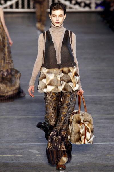 Коллекции Kenzo и Nina Ricci FW 2011/12 (осень-зима)  (24219.Kenzo_.Nina_.Ricci_.FW_.2011.12.02.jpg)