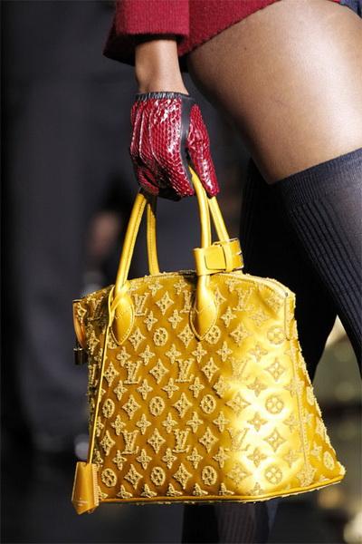 Аксессуары Louis Vuitton FW 2011/12 (осень-зима) (24421.Louis_.Vuitton.FW_.2011.12.04.jpg)