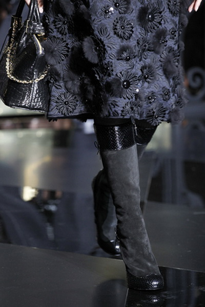 Аксессуары Louis Vuitton FW 2011/12 (осень-зима) (24421.Louis_.Vuitton.FW_.2011.12.15.jpg)