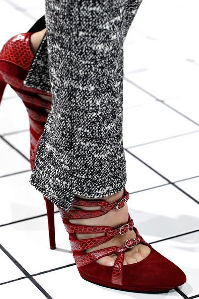 Balenciaga FW 2011/12 (осень-зима)  (26083.Balenciaga.FW_.2011.12.14.jpg)
