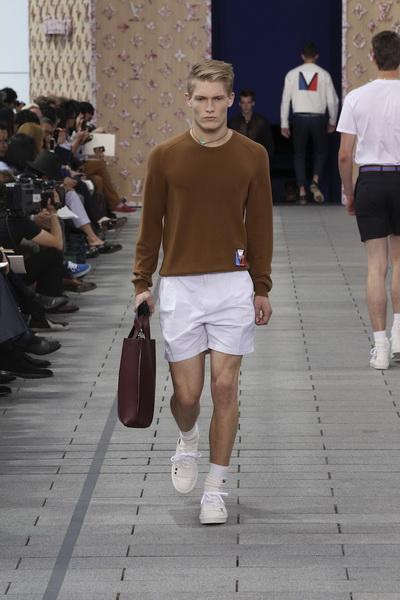 Мужские коллекции Dolce&Gabbana и Louis Vuitton 2012 (26971.Dolce&Gabbana.Louis_.Vuitton.14.jpg)