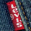Levi's отметил юбилей легендарного «красного флажка» (27461.Levis_.Red_.Tab_.s.jpg)