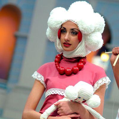 Финал IX Международного конкурса молодых дизайнеров «Русский Силуэт» 2011 (27485.russian.siluet.2011.s.jpg)