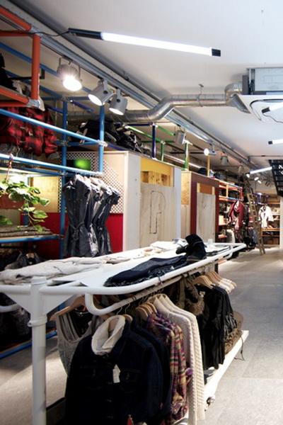 В Амстердаме открылся уникальный магазин Levi's®  (29127.Levis_.Magazine.Amsterdam.09.jpg)