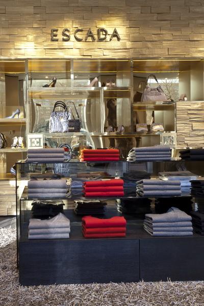 Новый магазин Escada в Москве (30616.Escada.Flagman.Magazine.08.jpg)
