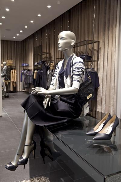 Новый магазин Escada в Москве (30616.Escada.Flagman.Magazine.b.jpg)