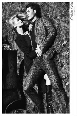 Рекламные кампании Calvin Klein FW 2012/13 (осень-зима) (33893.Calvin.Klein_.Lara_.Stone_.Tyson_.Ballou.b.jpg)