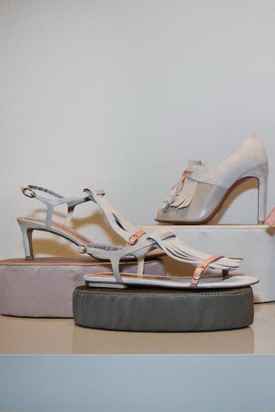 Коллекция обуви и сумок Santoni SS 2013 (весна-лето) (35526.Santoni.Lauren.Hutton.SS_.2013.03.jpg)