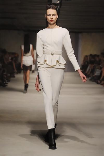 Chapurin haute couture 2013 (весна-лето) (36466.Dom_.Modi_.Chapurin.East_.End_.SS_.2013.03.jpg)