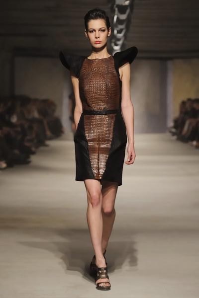 Chapurin haute couture 2013 (весна-лето) (36466.Dom_.Modi_.Chapurin.East_.End_.SS_.2013.25.jpg)