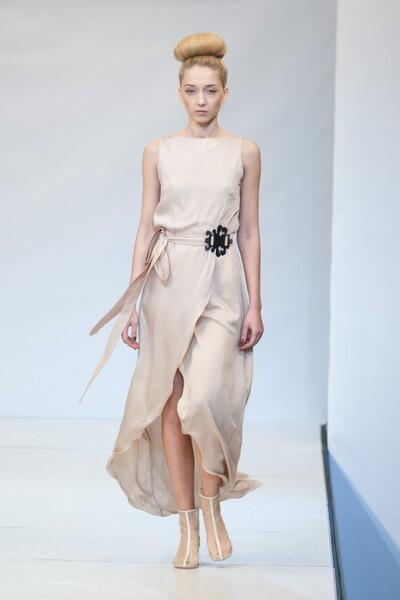 Смотреть Gardem Haute Couture весна-лето 2014 видео