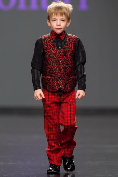 Итоги 28 сезона DnN St. Petersburg Fashion Week (43570.28.DnN_.St_.Petersburg.Fashion.Week_.03.jpg)