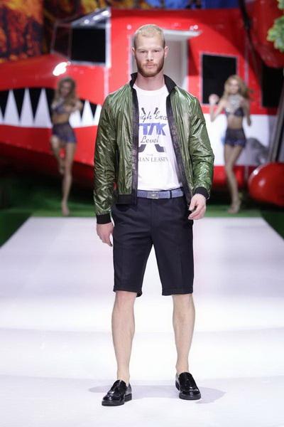 Илья Шиян SS 2014 (весна-лето) (44557.Moscow.Fashion.Week_.Shiyan.SS_.2014.07.jpg)