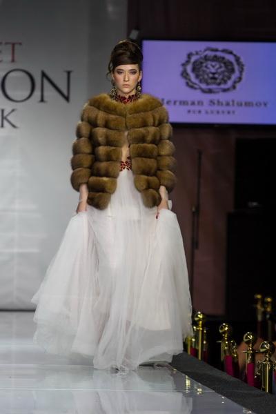 Estet Fashion Week весна 2014 (47974.Post_.Release.Estet_.Fashion.Week_.Spring.2014.34.jpg)