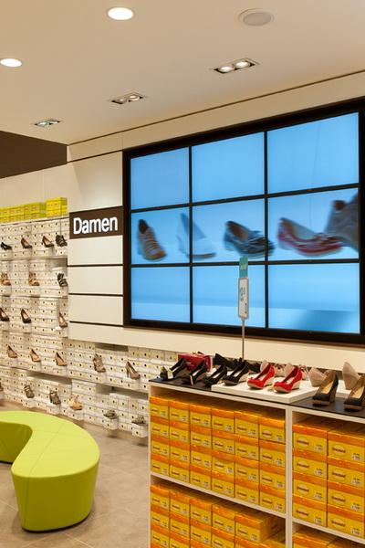Сеть Deichmann вышла на российский рынок (48133.Shoes_.Trading.Network.Deichmann.Russian.Market.02.jpg)