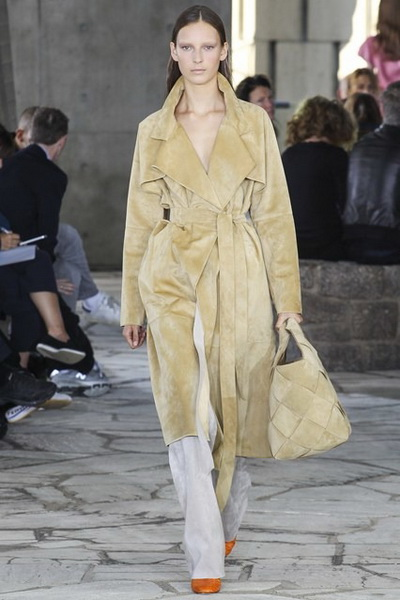 Loewe SS 2015 (весна-лето) (51856.New_.Collection.Loewe_.SS_.2015.Paris_.Fashion.Week_.23.jpg)