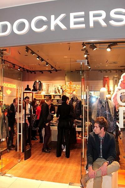 В Москве открылся магазин Dockers (53985.Opening.First_.Shop_.Brand_.Dockers.Russia.Moscow.b.jpg)