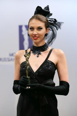 IX ПРЕМИЯ «МОДА РОССИИ» – RUSSIAN FASHION AWARD (весна-2015) (54875.RUSSIAN-FASHION-AWARD-2015.b.jpg)