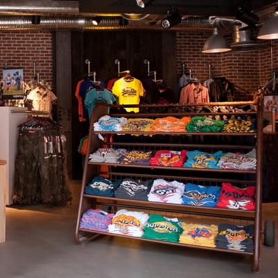 Superdry открывает первые магазины в Москве (57111.English.Brand_.Opens_.First_.Shops_.In_.Moscow.s.jpg)