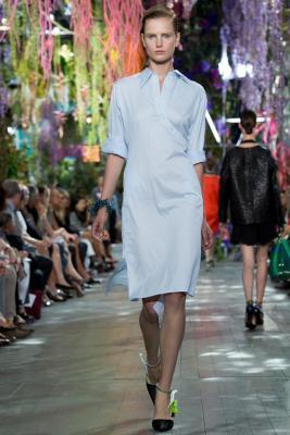 Илл. 01а Платье Christian Dior