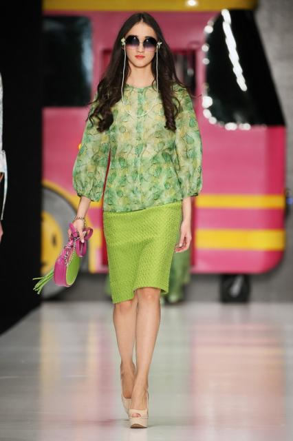 Ksenia Knyazeva SS 2016 (весна-лето) (62212.Mercedes.Benz_.Fashion.Week_.Russia.Ksenia.Knyazeva.SS 2016.b.jpg)