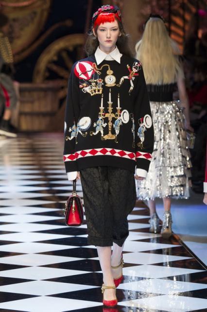 Dolce&Gabbana AW 2016/17 (64160.Milan_.Jenskaya.Kollekciya.Brend_.Dolce_.GabbanaAW.2016.2017.07.jpg)