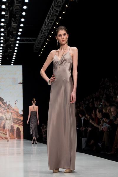 Oksana Fedorova AW 2016/17 (осень-зима) (65454.Mercedes.Benz_.Fashion.Week_.Russia.Oksana.Fedorova.AW_.2016.11.jpg)