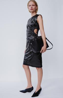 Илл. 01. Платье Céline Resort 2016
