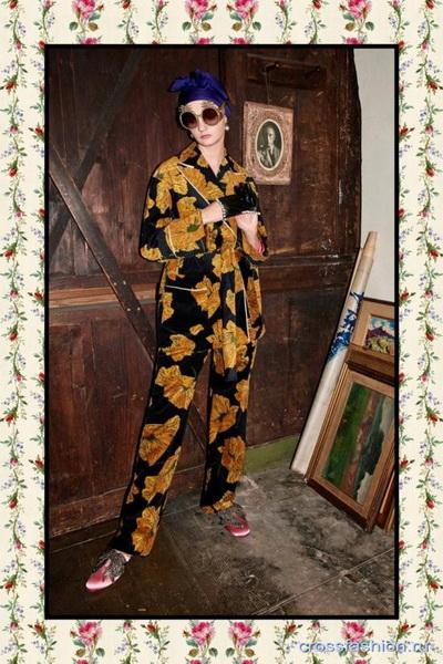 Коллекция Gucci Pre Fall 2017 (72471-Kollekciya-Gucci-Pre-Fall-2017-20.jpg)