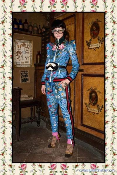Коллекция Gucci Pre Fall 2017 (72471-Kollekciya-Gucci-Pre-Fall-2017-21.jpg)