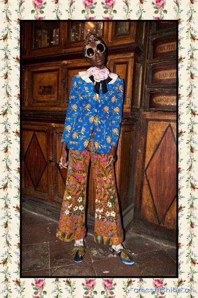 Коллекция Gucci Pre Fall 2017 (72471-Kollekciya-Gucci-Pre-Fall-2017-b.jpg)