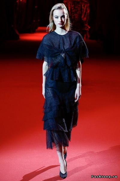 Ulyana Sergeenko Couture весна-лето 2017 (72895-Ulyana-Sergeenko-Couture-Vesna-Leto-2017-15.jpg)