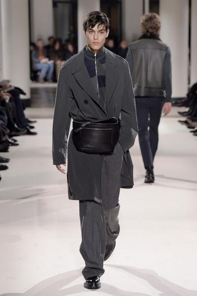 Неделя мужской моды в Париже: Hermes осень-зима 2017 (73053-Nedelya-Mugskoy-Modi-Hermes-AW-2017-06.jpg)
