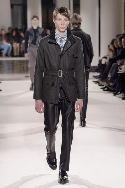 Неделя мужской моды в Париже: Hermes осень-зима 2017 (73053-Nedelya-Mugskoy-Modi-Hermes-AW-2017-12.jpg)