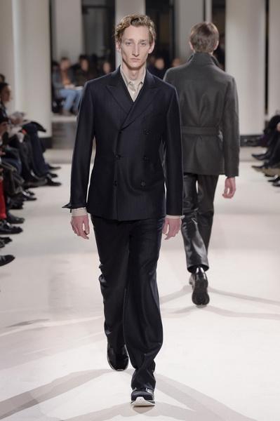 Неделя мужской моды в Париже: Hermes осень-зима 2017 (73053-Nedelya-Mugskoy-Modi-Hermes-AW-2017-13.jpg)