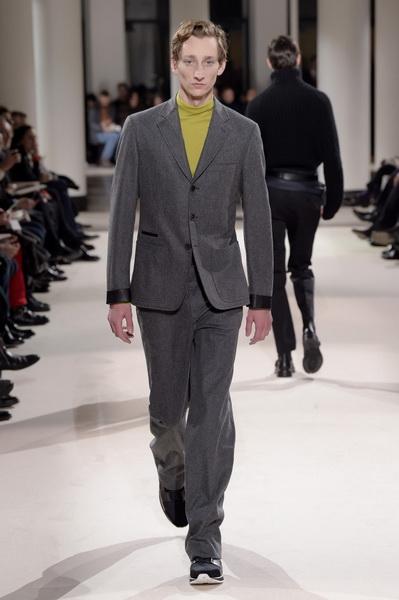Неделя мужской моды в Париже: Hermes осень-зима 2017 (73053-Nedelya-Mugskoy-Modi-Hermes-AW-2017-26.jpg)