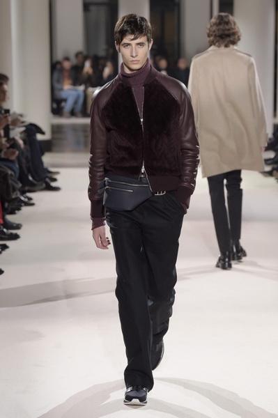 Неделя мужской моды в Париже: Hermes осень-зима 2017 (73053-Nedelya-Mugskoy-Modi-Hermes-AW-2017-28.jpg)