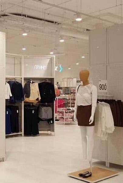 Kiabi открыл магазин в ТРЦ «Мега Белая Дача» (74682-Kiabi-Otkril-Noviy-Magazin-V-TRC-Mega-Belaya-Dacha-02.jpg)
