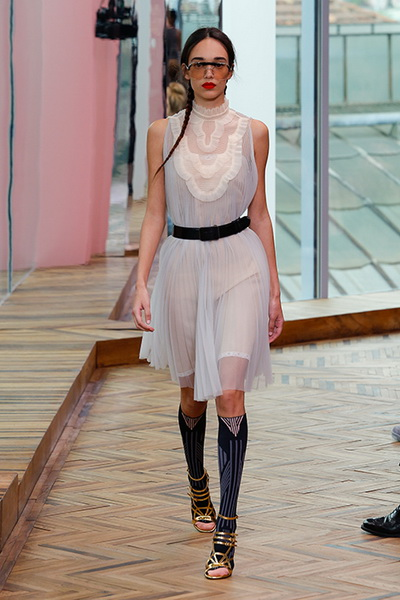 Prada resort 2018  (74687-Prada-Resort-2018-23.jpg)