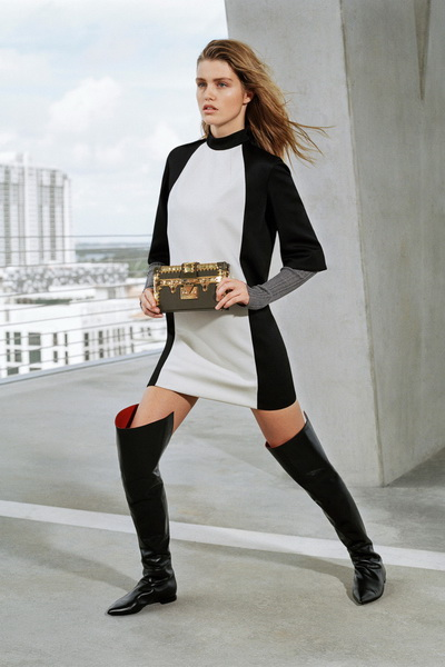 Louis Vuitton Pre-Fall 2017 (74713-Louis-Vuitton-Pre-Fall-2017-07.jpg)