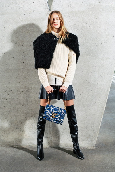 Louis Vuitton Pre-Fall 2017 (74713-Louis-Vuitton-Pre-Fall-2017-09.jpg)