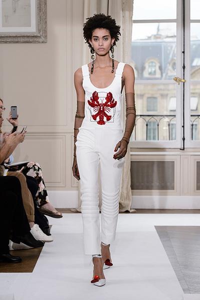 Schiaparelli Haute Couture осень-зима 2017-2018 (75443-Schiaparelli-Haute-Couture-AW-2017-2018-05.jpg)