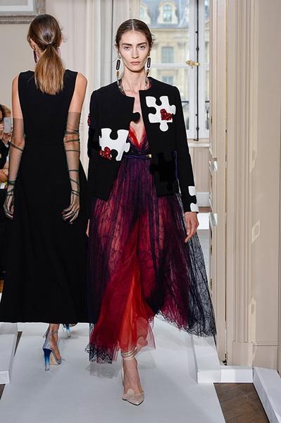 Schiaparelli Haute Couture осень-зима 2017-2018 (75443-Schiaparelli-Haute-Couture-AW-2017-2018-09.jpg)